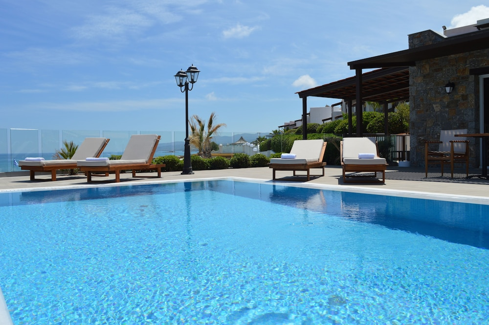 Private Pool, Alexander Beach Hotel & Village