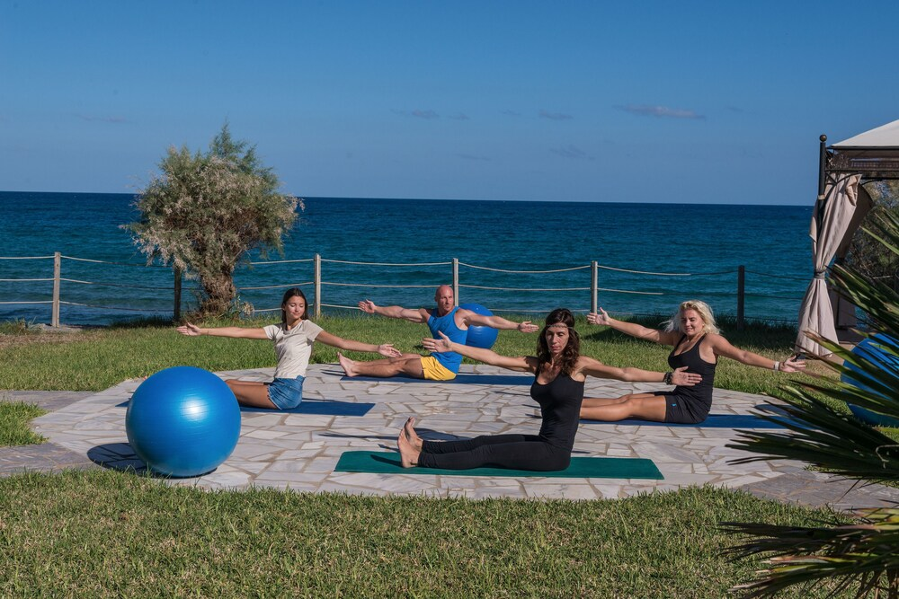 Pilates, Alexander Beach Hotel & Village