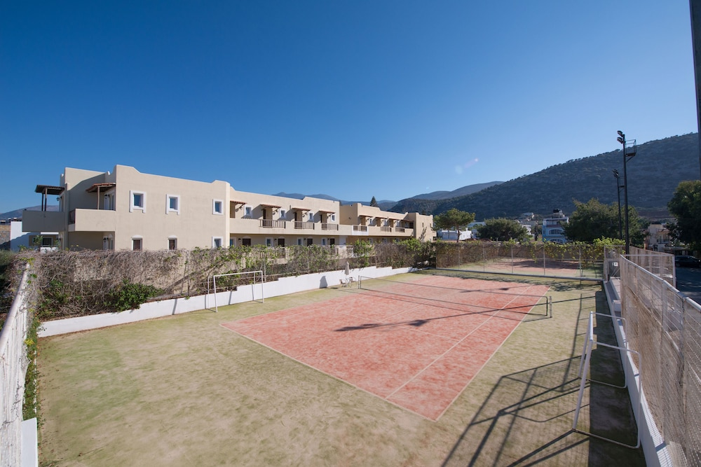 Tennis Court, Alexander Beach Hotel & Village