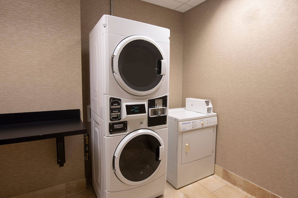 Laundry, Courtyard by Marriott Atlanta McDonough