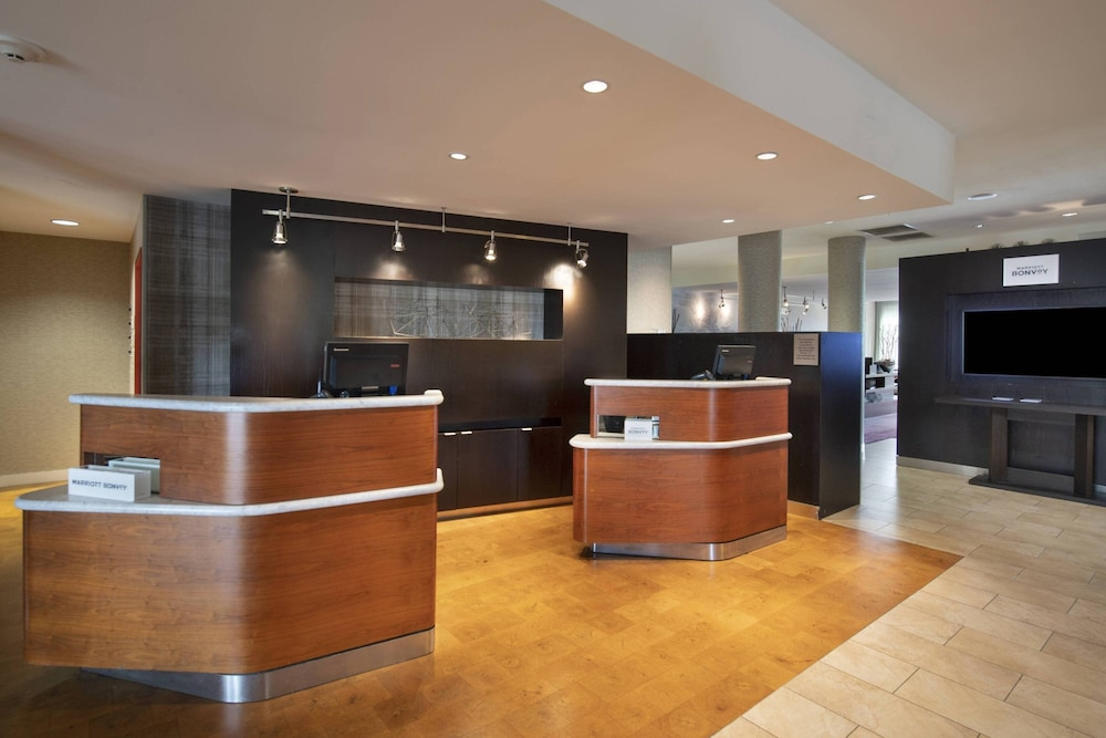 Lobby, Courtyard by Marriott Atlanta McDonough