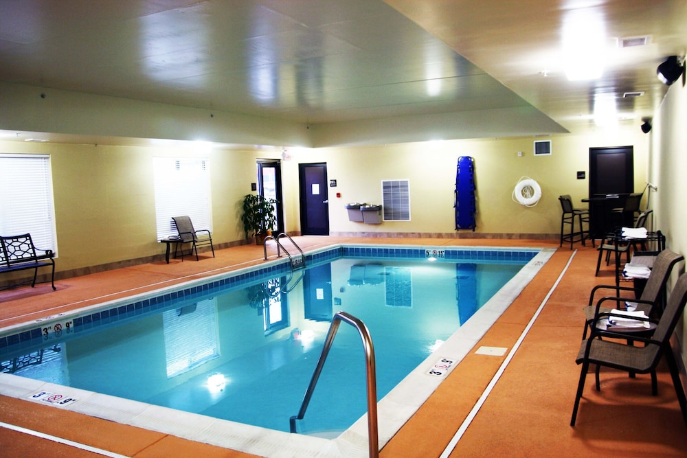Indoor Pool, Hampton Inn Williamsburg