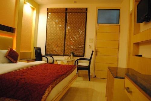 hotel baba deluxe delhi 2019 hotel prices expedia co in rh expedia co in