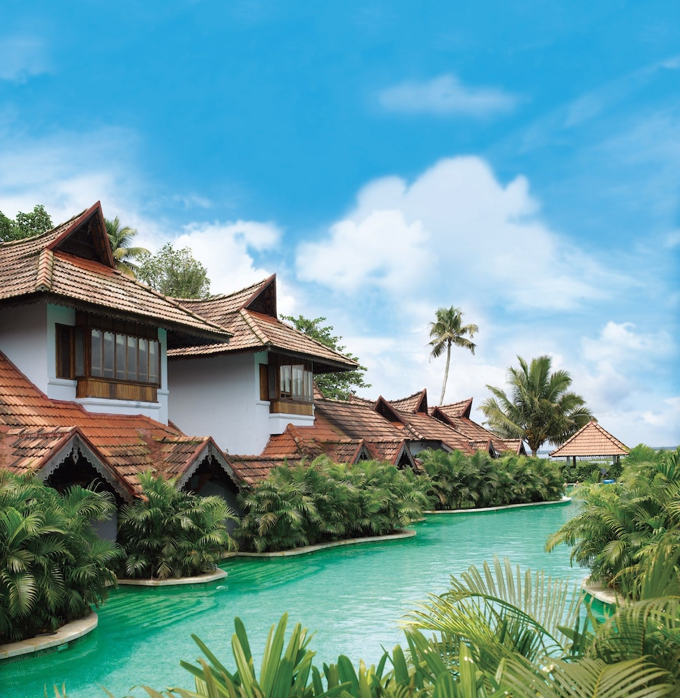 https://images.trvl-media.com/hotels/4000000/3790000/3780300/3780257/a188013d_z.jpg