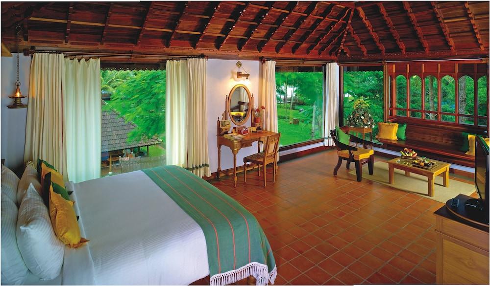 https://images.trvl-media.com/hotels/4000000/3790000/3780300/3780257/e8ea543a_z.jpg