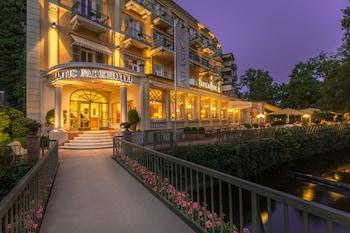 バーデン・バーデンのカラカラ浴場に行きたいのですが、高齢者向けのホテルはありますか