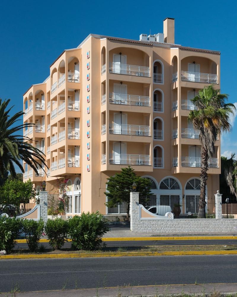 Book sunset hotel corfu corfu hotel deals for Sunset lodge