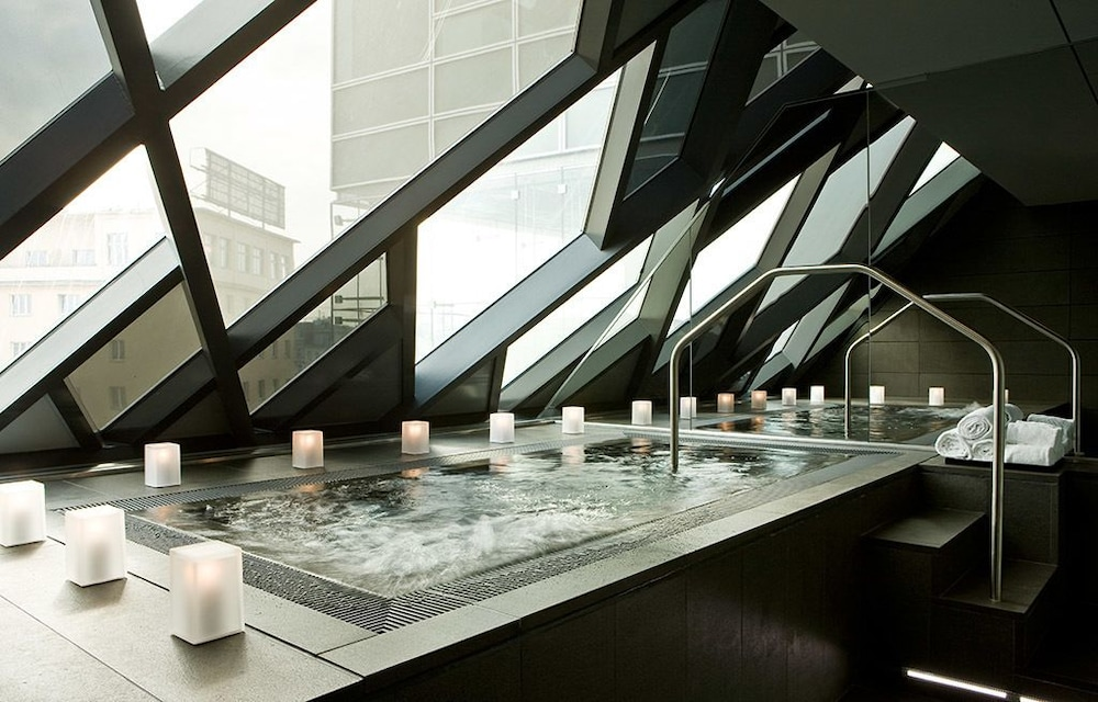 Indoor Spa Tub, SO/ Vienna
