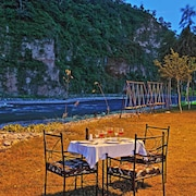 Corbett Riverside Resort