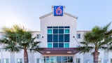 Motel 6 Eagle Pass Lakeside - Eagle Pass Hotels