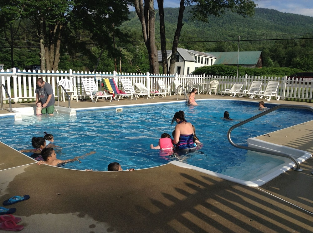Outdoor Pool, Villager Motel