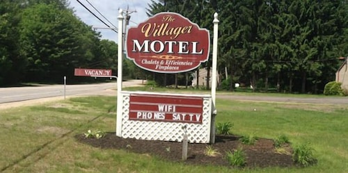 Front of Property, Villager Motel
