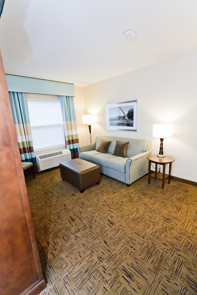 Room, Hampton Inn & Suites Exeter, NH