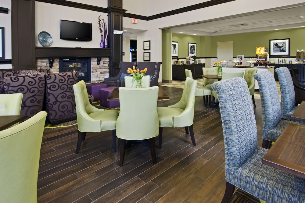 Reception, Hampton Inn & Suites Exeter, NH