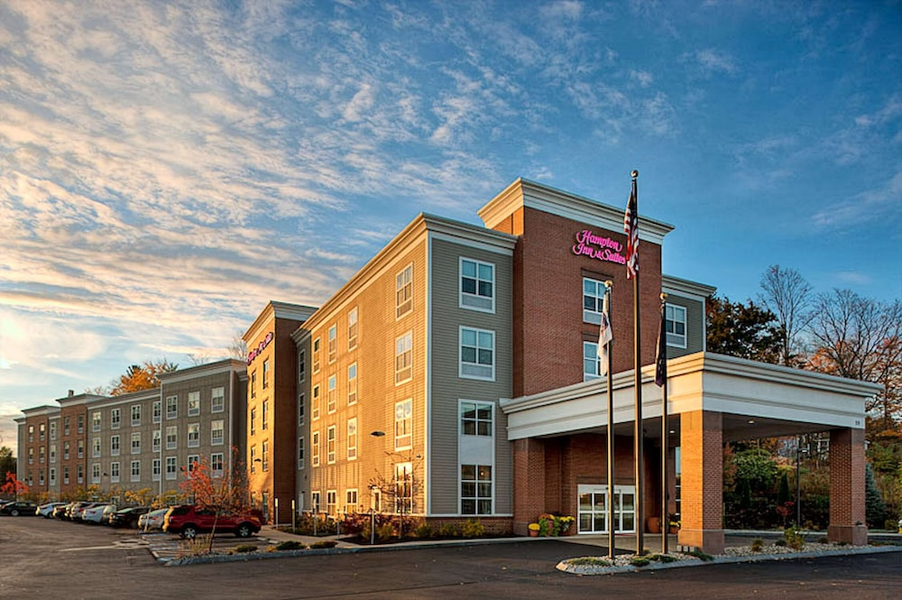 Exterior, Hampton Inn & Suites Exeter, NH