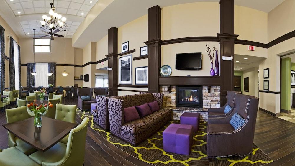 Lounge, Hampton Inn & Suites Exeter, NH