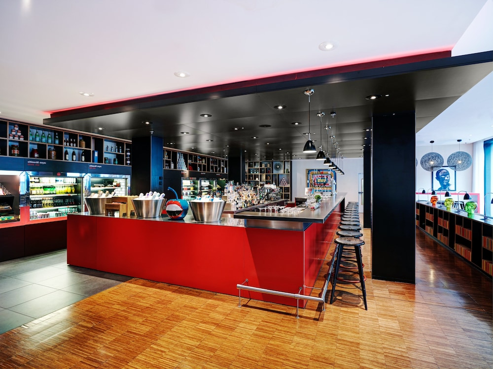 Bar, citizenM Hotel Glasgow