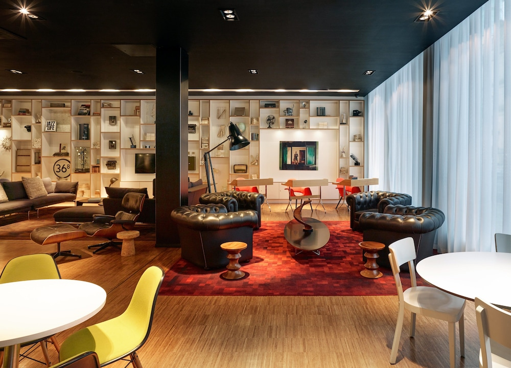 Business Center, citizenM Hotel Glasgow