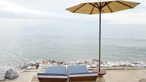 私人海灘、太陽傘、沙灘巾