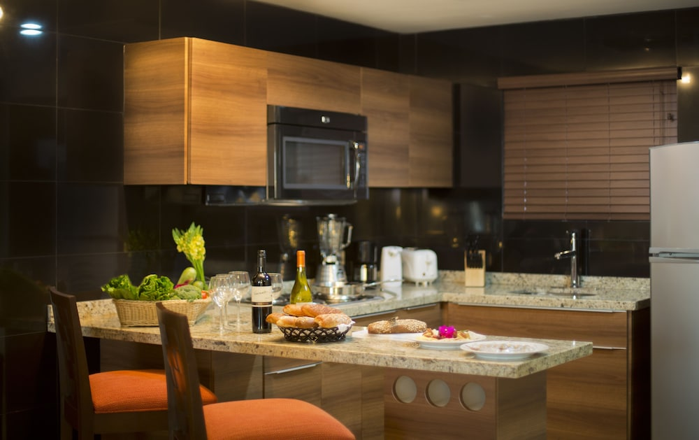 Private Kitchen, Sunset Plaza Beach Resort & Spa Pto Vallarta All Inclusive