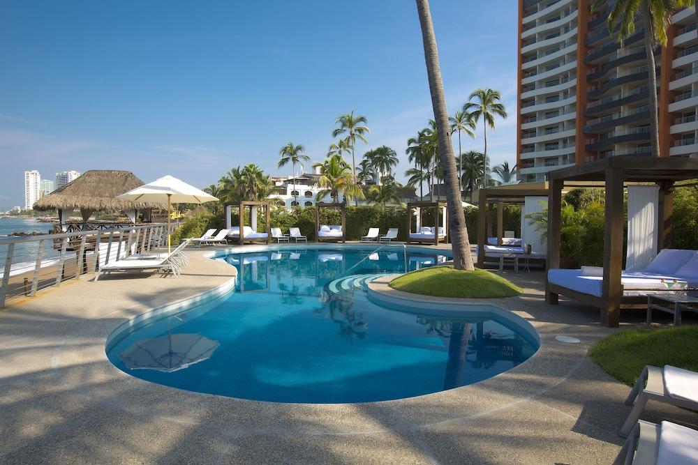 Sunset Plaza Beach Resort And Spa Pto Vallarta