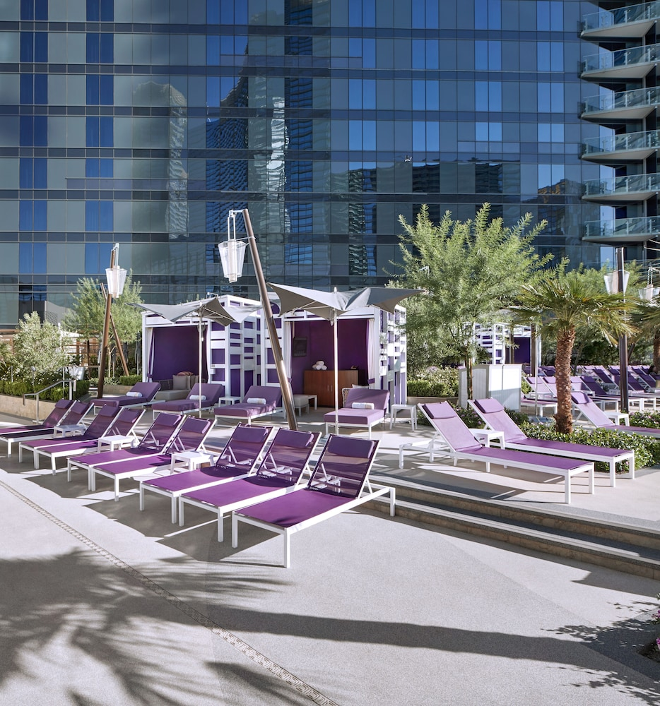 Terrace/Patio, The Cosmopolitan Of Las Vegas