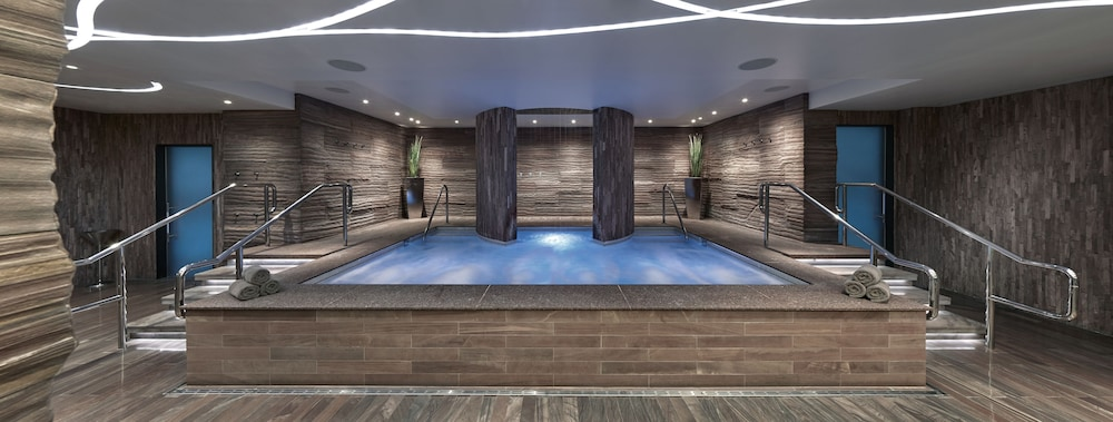 Indoor Spa Tub, The Cosmopolitan Of Las Vegas