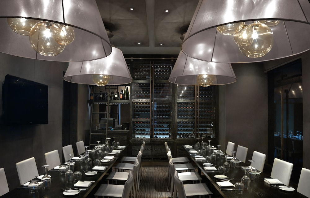Dining, The Cosmopolitan Of Las Vegas
