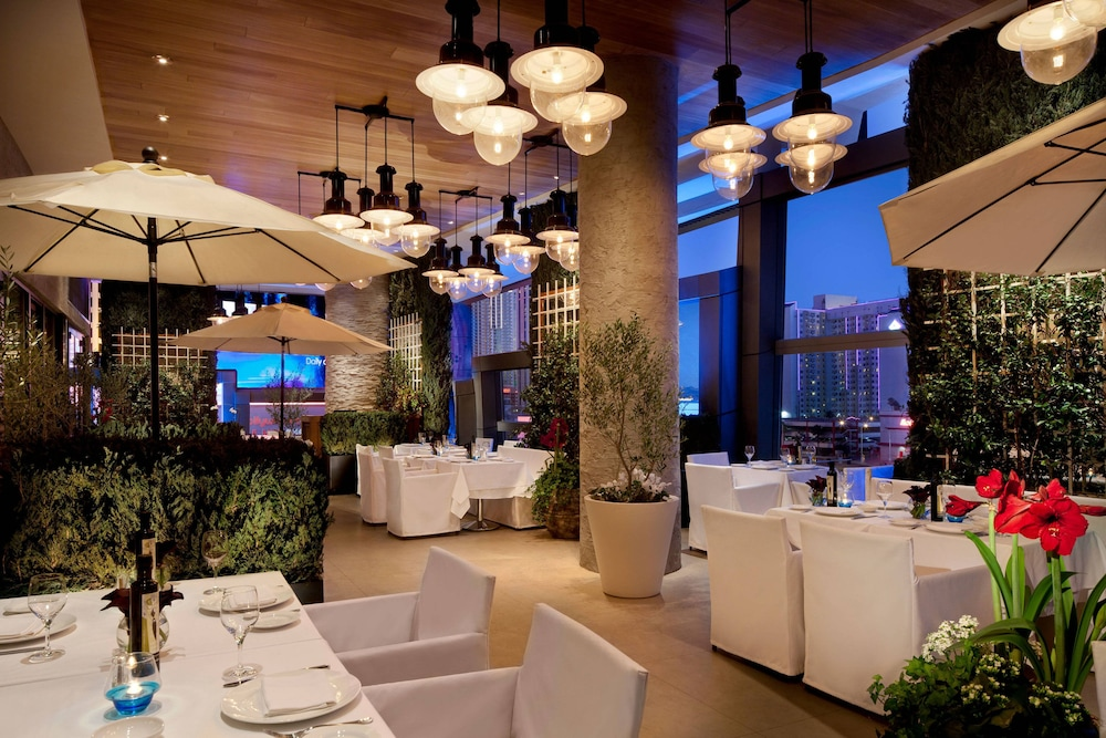 Restaurant, The Cosmopolitan Of Las Vegas