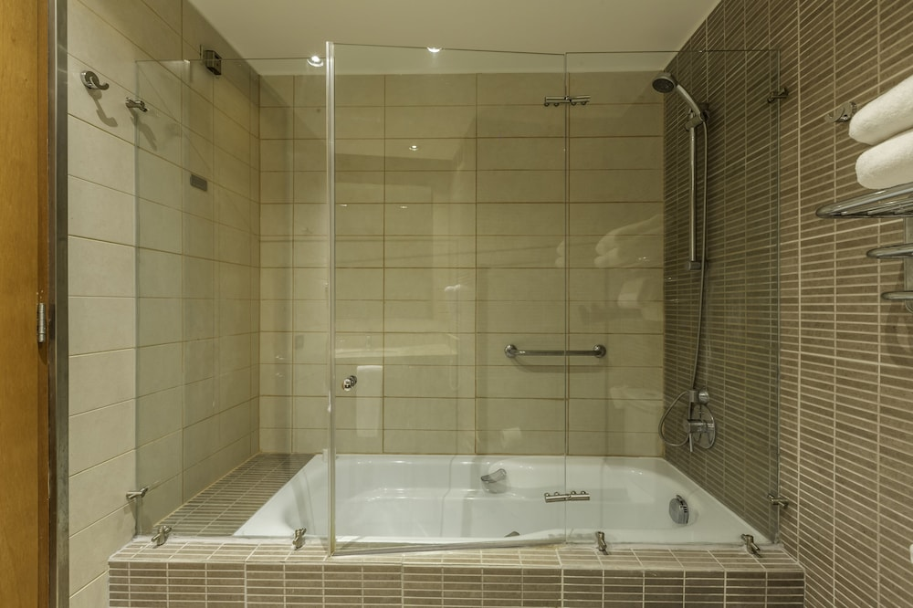 Bathroom Shower, Enjoy Coquimbo
