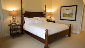 Premium bedding, down duvet, pillow top beds, iron/ironing board