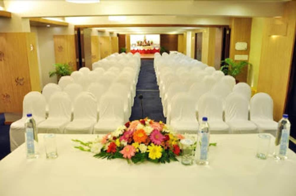 Meeting Facility, Hotel La Paz Gardens