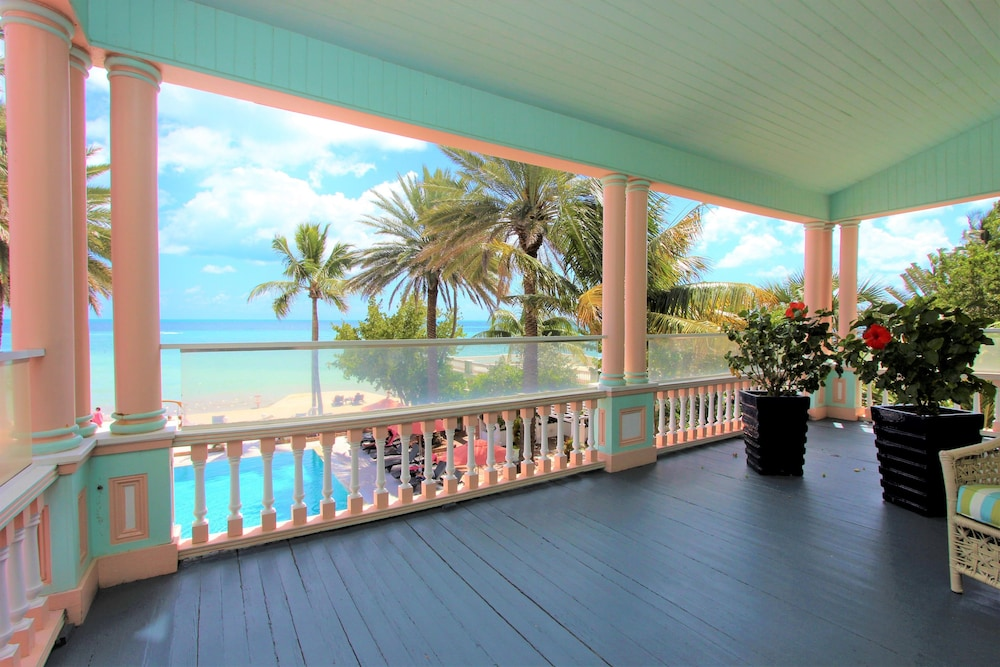 Balcony, The Southernmost House Hotel
