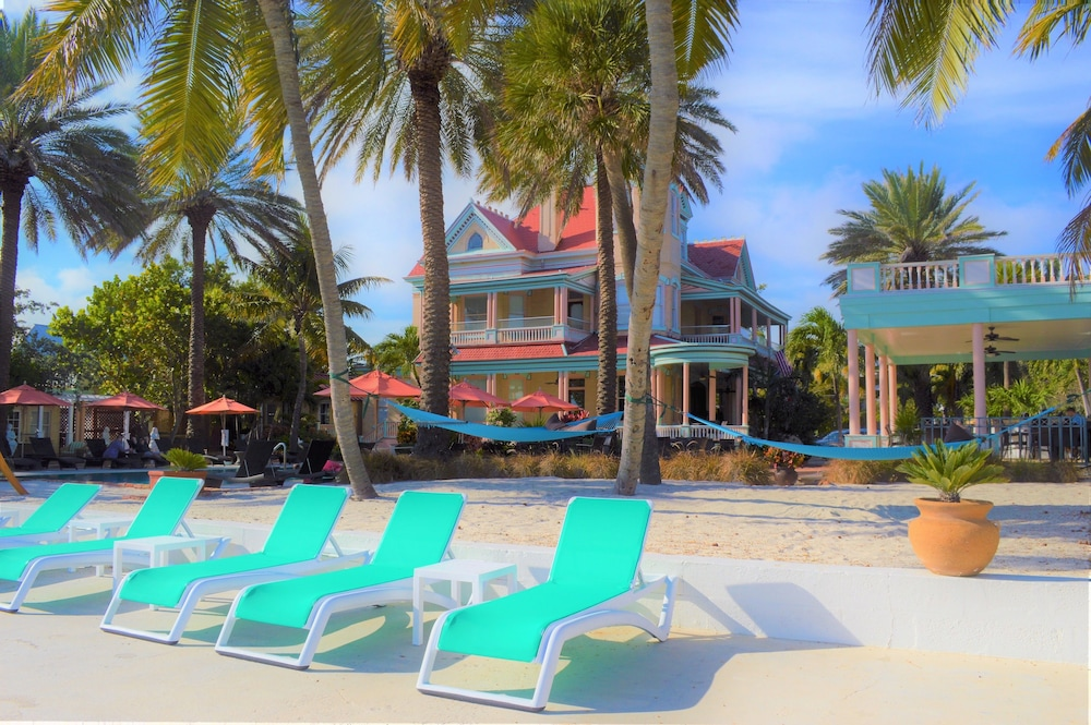 Sundeck, The Southernmost House Hotel