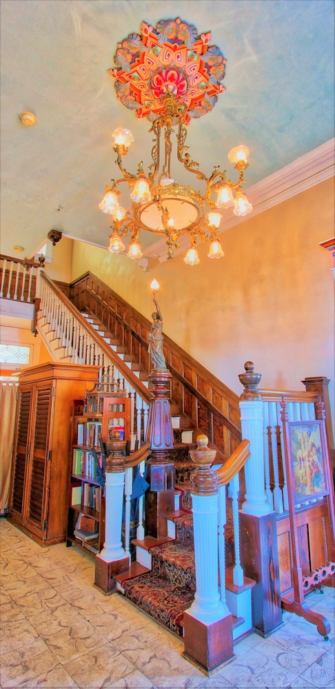 Interior Entrance, The Southernmost House Hotel