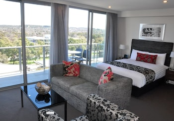 Adina Serviced Apartments Canberra Dickson Dickson Aus Best Price