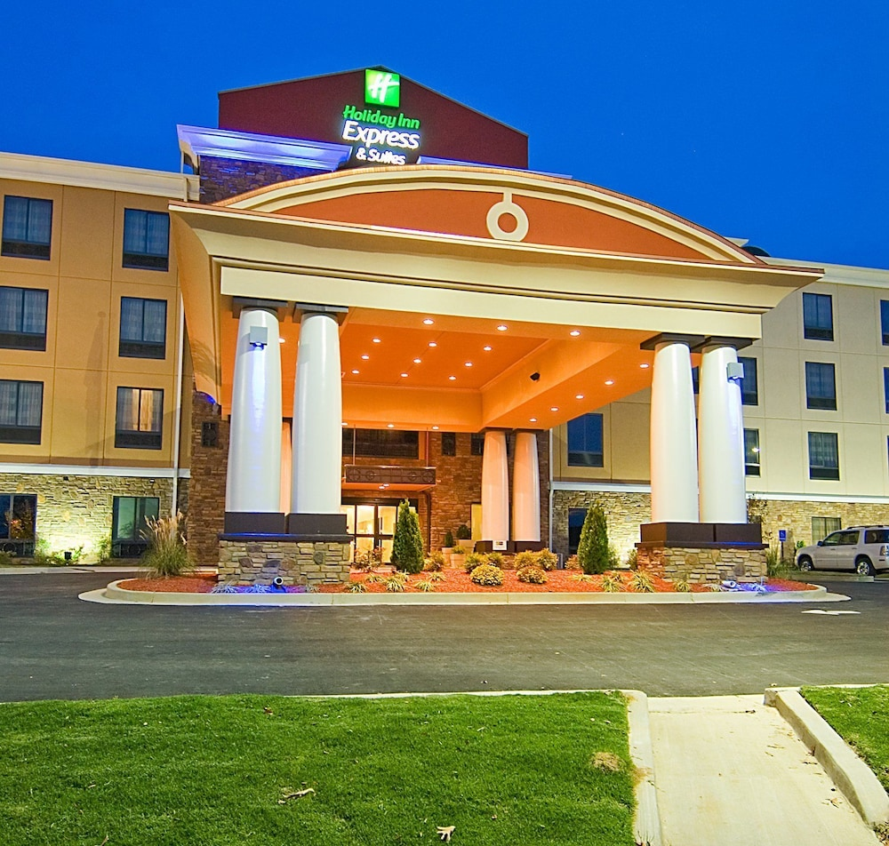 Featured Image, Holiday Inn Express Hotel & Suites Fulton
