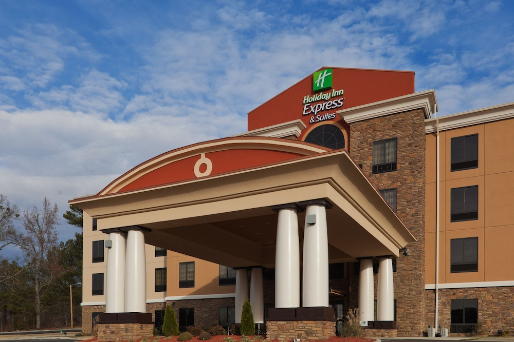 Exterior, Holiday Inn Express Hotel & Suites Fulton