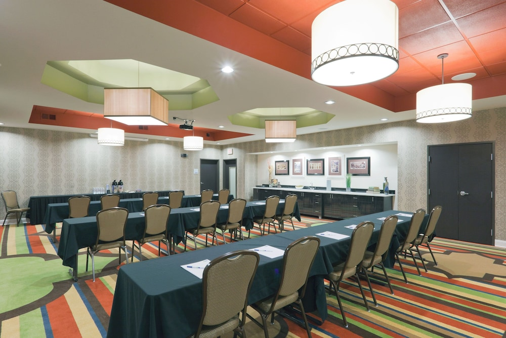 Meeting Facility, Holiday Inn Express Hotel & Suites Fulton