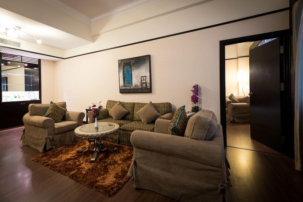 Hotel sentral johor bahru in johor bahru hotel rates for Living room design johor bahru