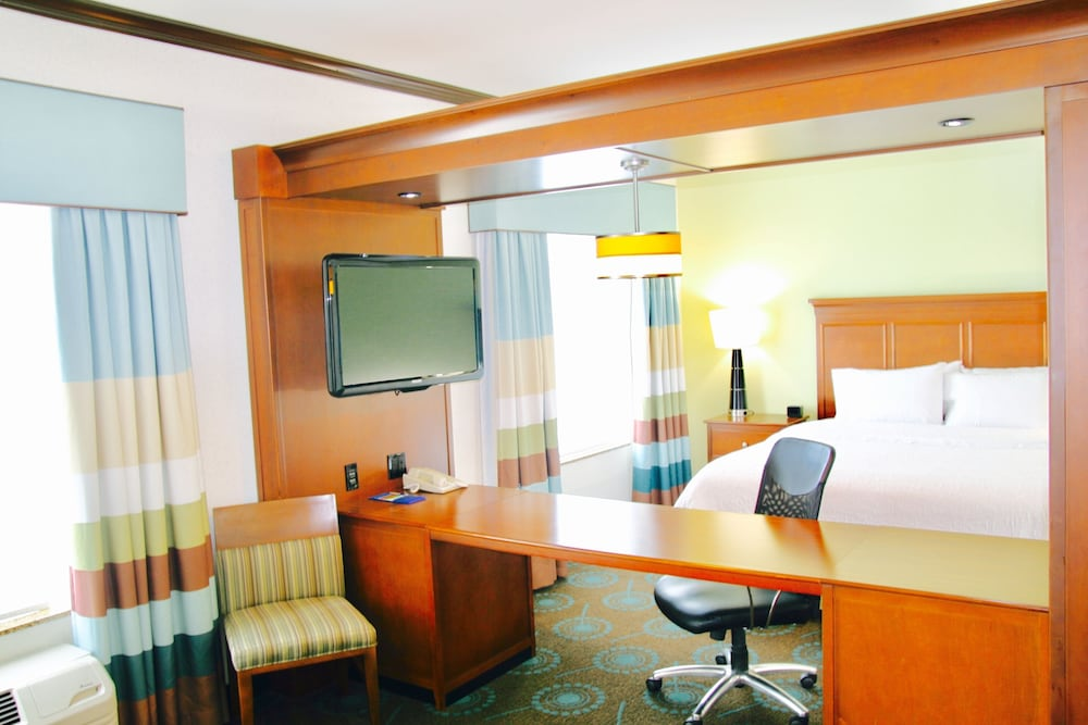 In-Room Business Center, Hampton Inn & Suites San Antonio/Northeast I-35