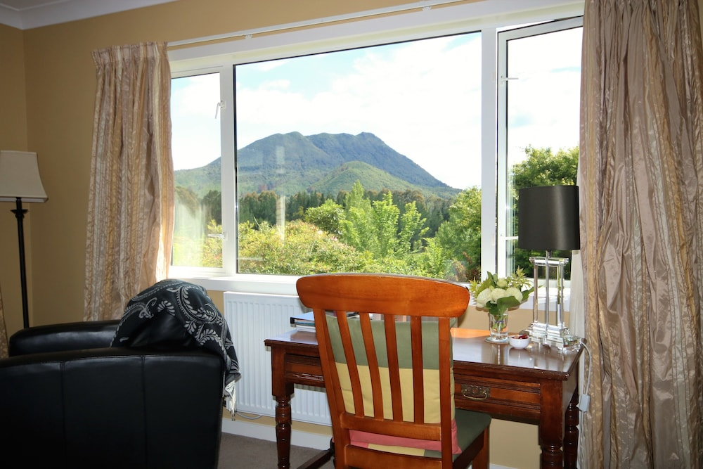 Kauri Point Luxury Bed Breakfast
