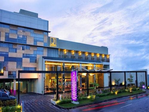Quest Hotel Simpang Lima - Semarang by ASTON