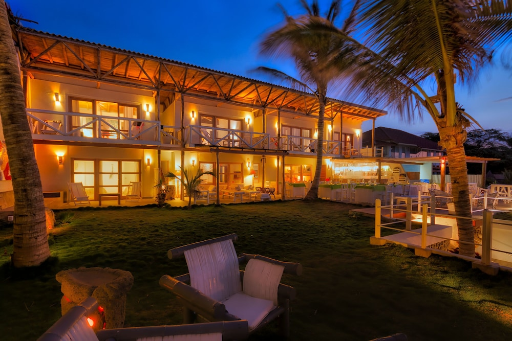 Front of Property - Evening/Night, Sunset Mancora
