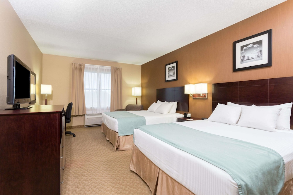 Room, Days Inn by Wyndham Palm Coast
