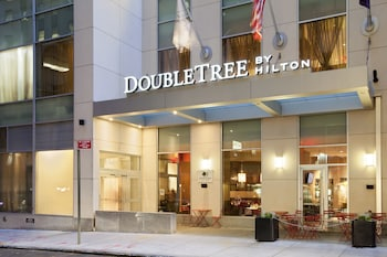 DoubleTree by Hilton New York City - Financial District
