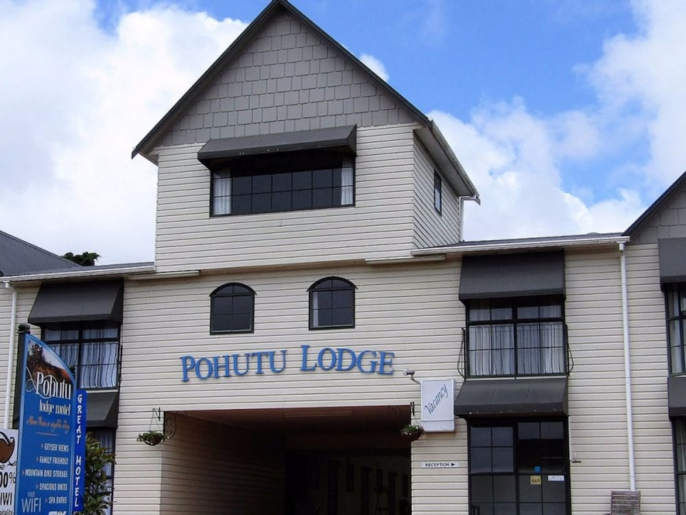 Pohutu Lodge Motel Rotorua Nzl Expedia Co Nz