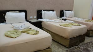 2 bedrooms, Egyptian cotton sheets, Select Comfort beds, minibar