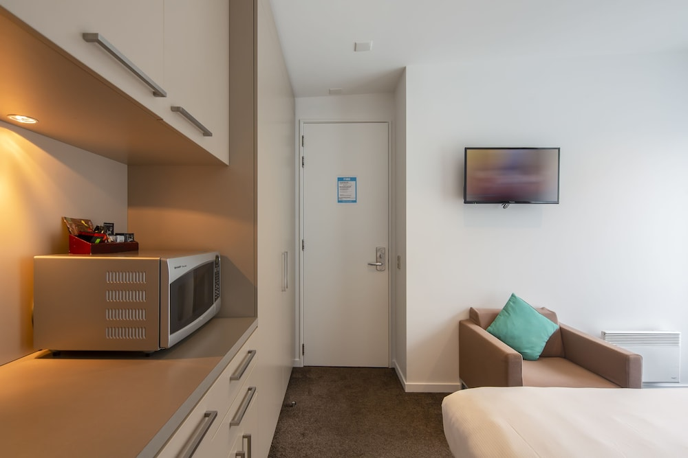 Room Amenity, Highview Apartments