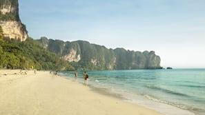 海灘、沙灘巾、海灘酒吧